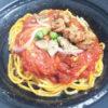 ファミマと食べログのコラボパスタ 「粗挽きソーセージときのこのスパゲティー(チョチャーラ風)」を食べてみました